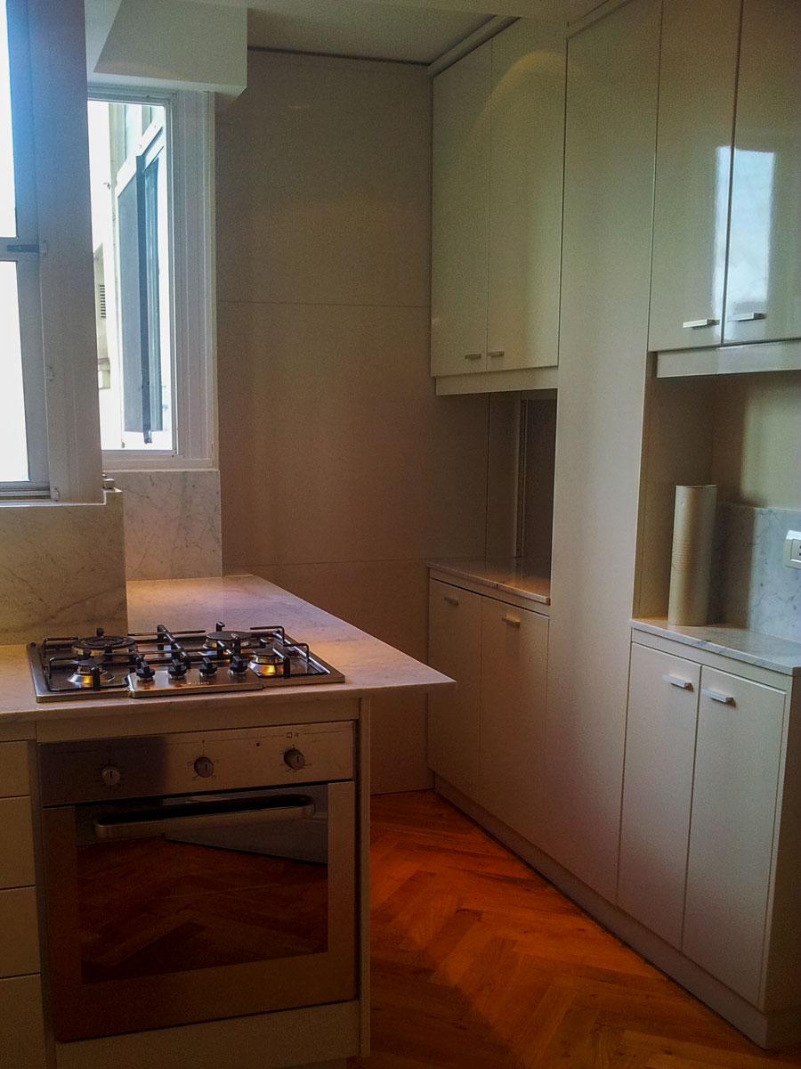 Mueble de guardado en cocina