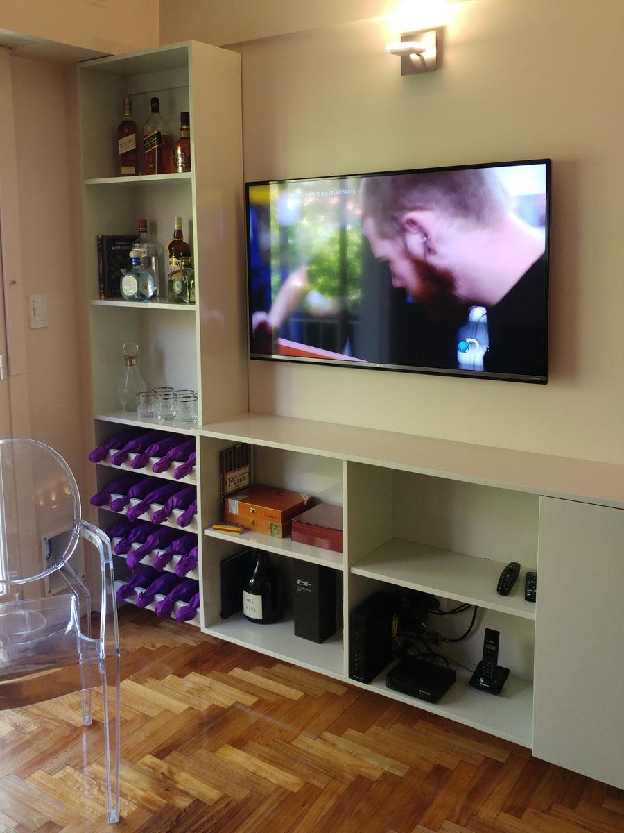 Bodega y mueble multimedia